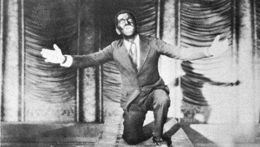 Al Jolson performing Mammy